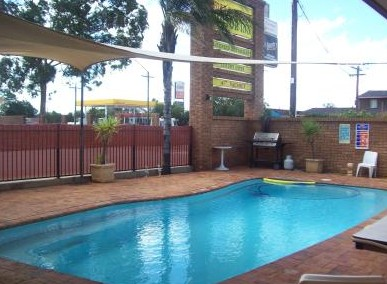 Town And Country Motor Inn Cobar - Accommodation Mount Tamborine