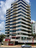 Beachfront Towers - Accommodation Mount Tamborine