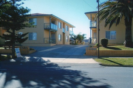 AA Madalena Court Holiday Apartments - Accommodation Mount Tamborine