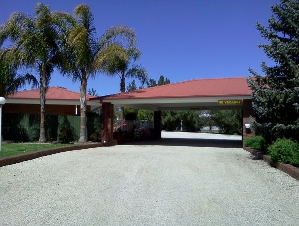 Golden Chain Border Gateway Motel - Accommodation Mount Tamborine
