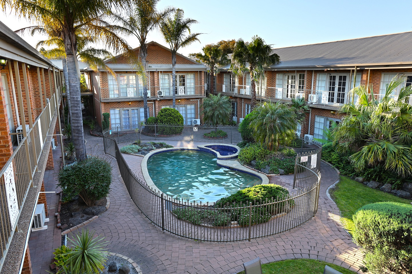 Quality Hotel Melbourne Airport - Accommodation Mount Tamborine