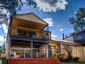 River Shack Rentals - The Manor - Accommodation Mount Tamborine