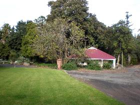 Brown's House - Accommodation Mount Tamborine