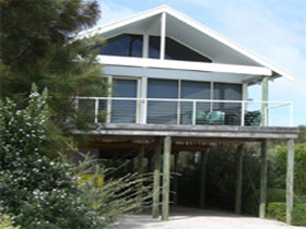 Sheoak Holiday Home - Accommodation Mount Tamborine
