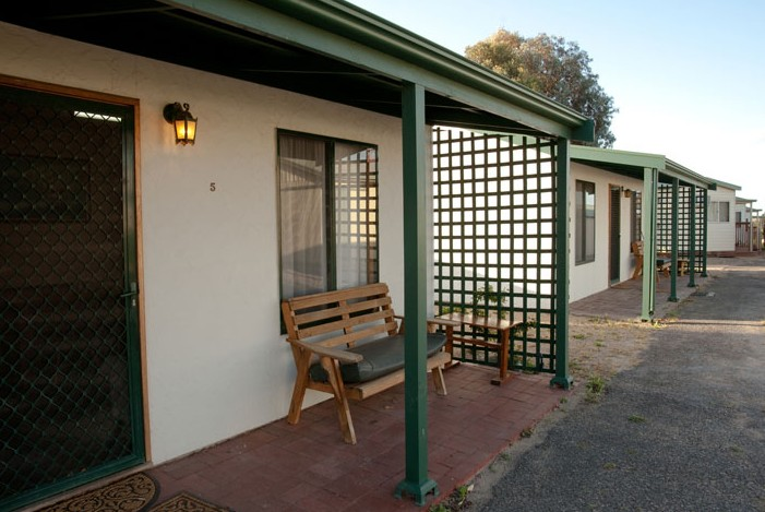 Moonta Bay Road Cabins and Cottages - Accommodation Mount Tamborine