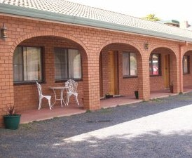 Cooma Country Club Motor Inn - Accommodation Mount Tamborine