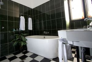 Amore Boutique Bed and Breakfast - Accommodation Mount Tamborine