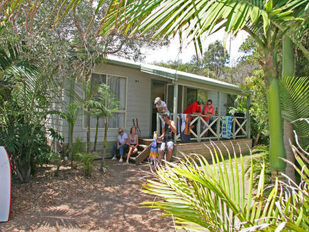 One Mile Beach Holiday Park - Accommodation Mount Tamborine