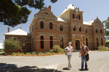 Roseworthy Residential College The University Of Adelaide - Accommodation Mount Tamborine