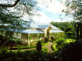 The Falls Rainforest Cottages - Accommodation Mount Tamborine