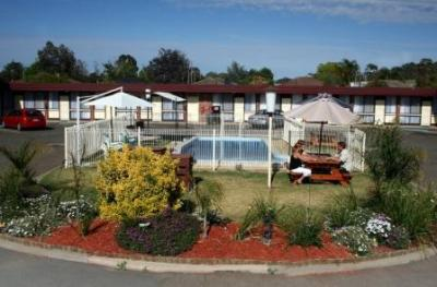 Big Valley Motor Inn - Accommodation Mount Tamborine
