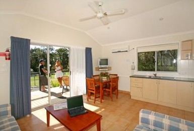 Samurai Beach Resort - Accommodation Mount Tamborine