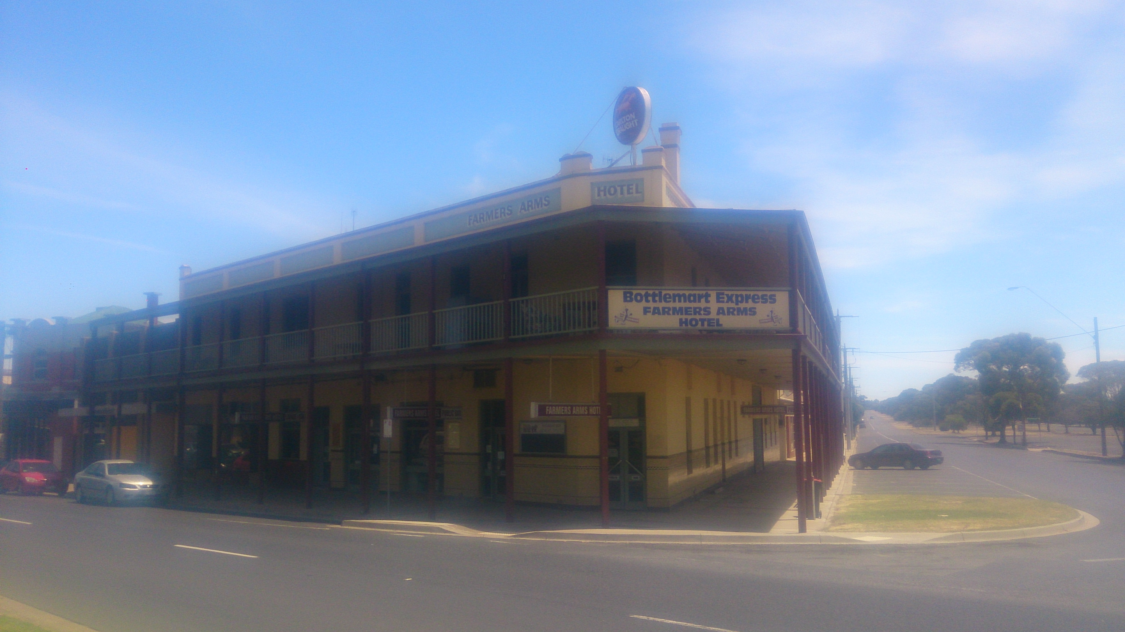 Farmers Arms Hotel - Accommodation Mount Tamborine
