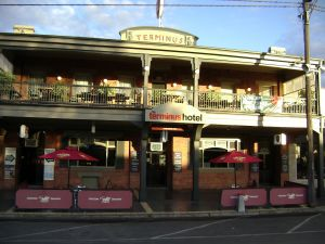 Terminus Hotel - Accommodation Mount Tamborine
