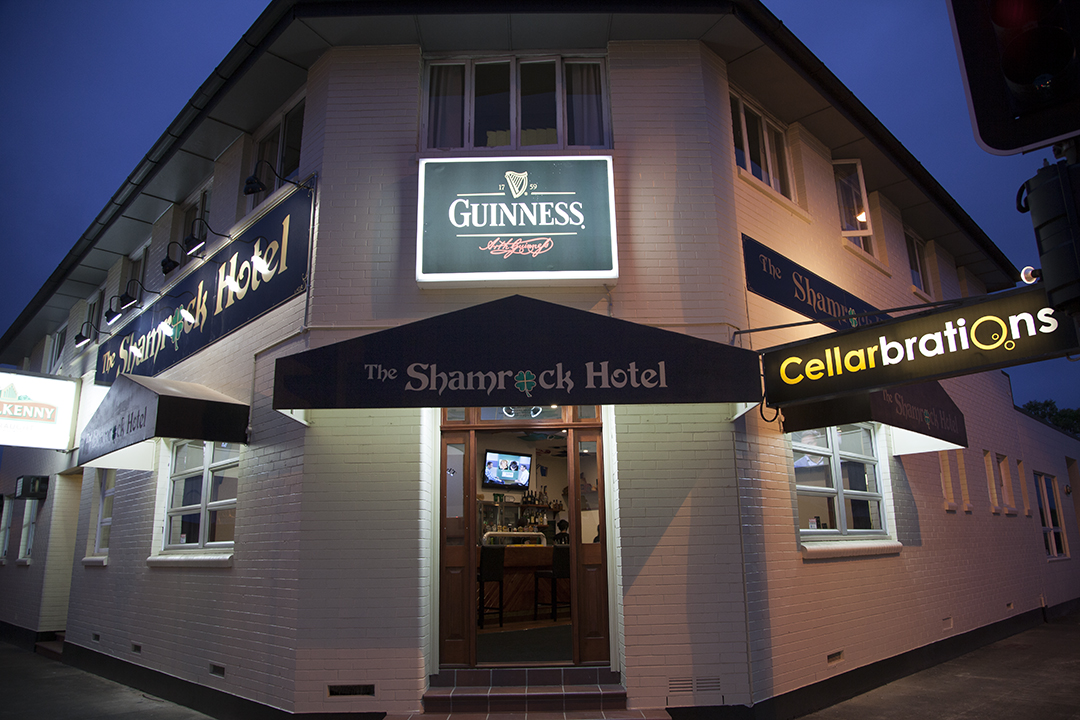 Shamrock Hotel - Accommodation Mount Tamborine