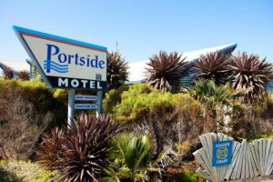 Golden Chain Portside Motel - Accommodation Mount Tamborine