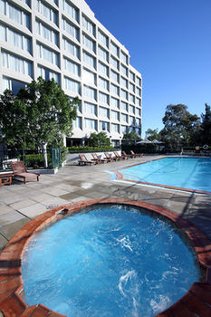 Mercure Sydney Parramatta - Accommodation Mount Tamborine