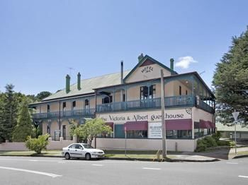 The Victoria amp Albert Guesthouse - Accommodation Mount Tamborine