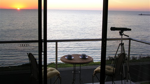 Clifftop Accommodation Portland Victoria - Accommodation Mount Tamborine