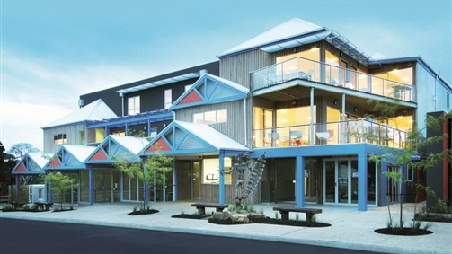 The Island Accommodation - Phillip Island YHA - Accommodation Mount Tamborine