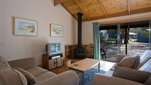 Surf Coast Cabins in Aireys Inlet - Accommodation Mount Tamborine