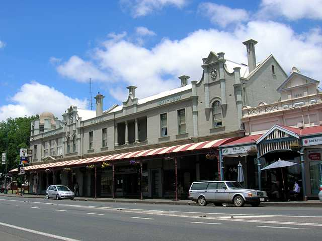 Commercial Hotel Camperdown - Accommodation Mount Tamborine