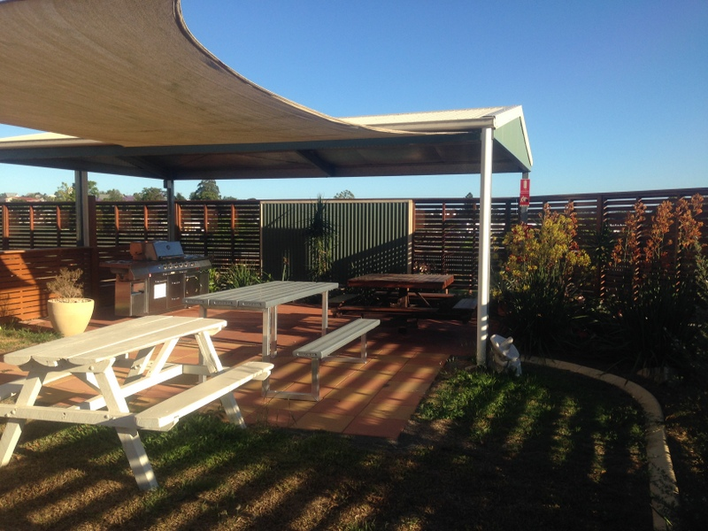Gympie Caravan Park - Queens Park - Accommodation Mount Tamborine