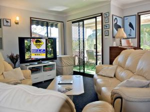WOMBATS BB - Apartments - AAA 3.5 rated Gosford - Accommodation Mount Tamborine
