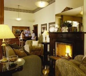 Royal Exchange Hotel - Accommodation Mount Tamborine