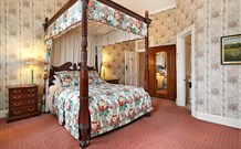 The Old George and Dragon Guesthouse - - Accommodation Mount Tamborine