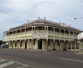 Royal Private Hotel - Accommodation Mount Tamborine