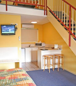 Coastal Motel - Accommodation Mount Tamborine