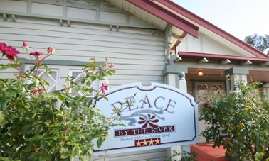 Peace By The River Homestay - Accommodation Mount Tamborine