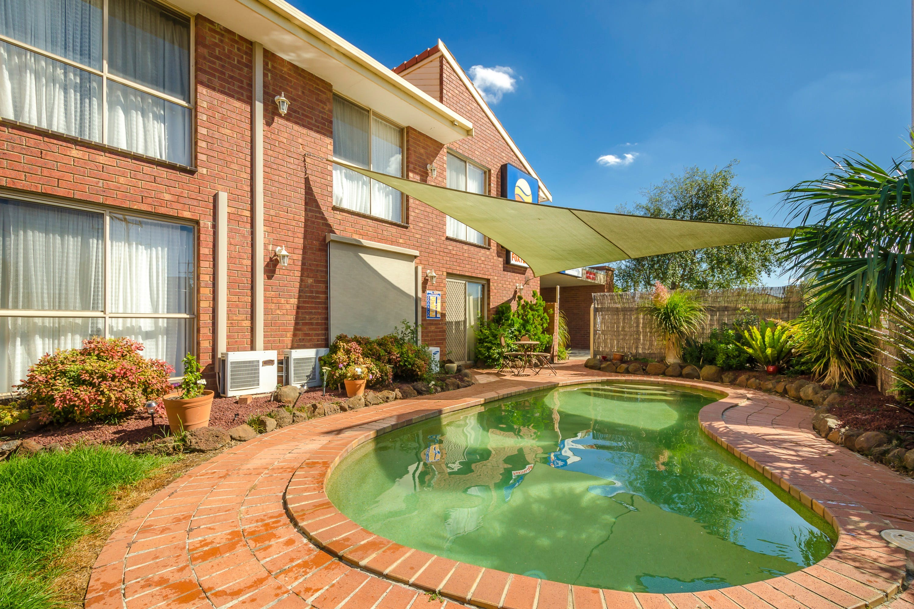 Werribee Motel  Apartments - Accommodation Mount Tamborine