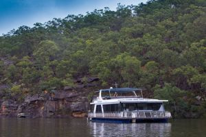Able Hawkesbury River Houseboats - Kayaks and Dayboats - Accommodation Mount Tamborine
