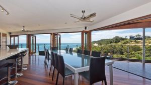 Tangalooma Hilltop Haven - Accommodation Mount Tamborine