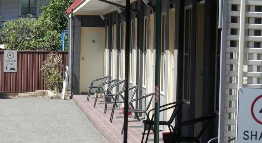 Benjamin Singleton Motel - Accommodation Mount Tamborine