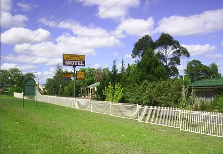 Camden Country Club Motel - Accommodation Mount Tamborine