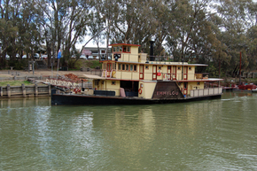 Emmylou Paddle Steamer - Accommodation Mount Tamborine