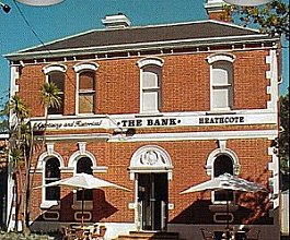 The Bank Heathcote - Accommodation Mount Tamborine