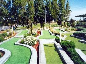 West Beach Mini Golf - Accommodation Mount Tamborine