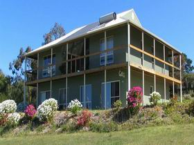 Waggon Road Studio Gallery - Accommodation Mount Tamborine