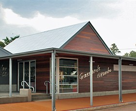 Grassland Art Gallery - Accommodation Mount Tamborine