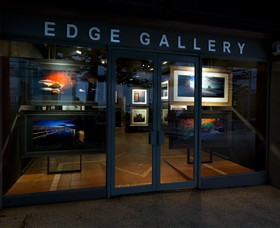 Edge Gallery Lorne - Accommodation Mount Tamborine