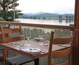 The River Restaurant - Accommodation Mount Tamborine
