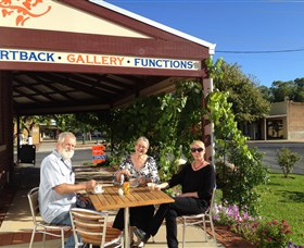 Artback Australia Gallery and Cafe - Accommodation Mount Tamborine
