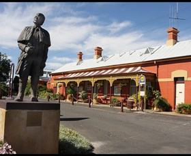Forbes Railway Arts and Visitor Information Centre - Accommodation Mount Tamborine