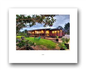Red Rattlers Gallery - Accommodation Mount Tamborine