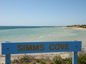 Simms Cove lookout and beach Moonta Bay - Accommodation Mount Tamborine