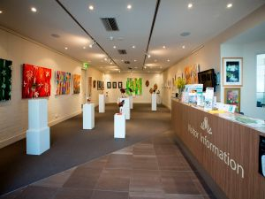 Australian National Botanic Gardens Visitor Centre Gallery - Accommodation Mount Tamborine